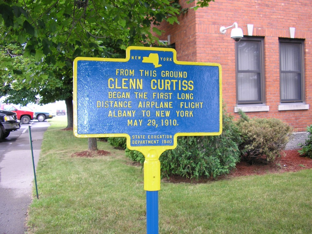 Curtiss road marker